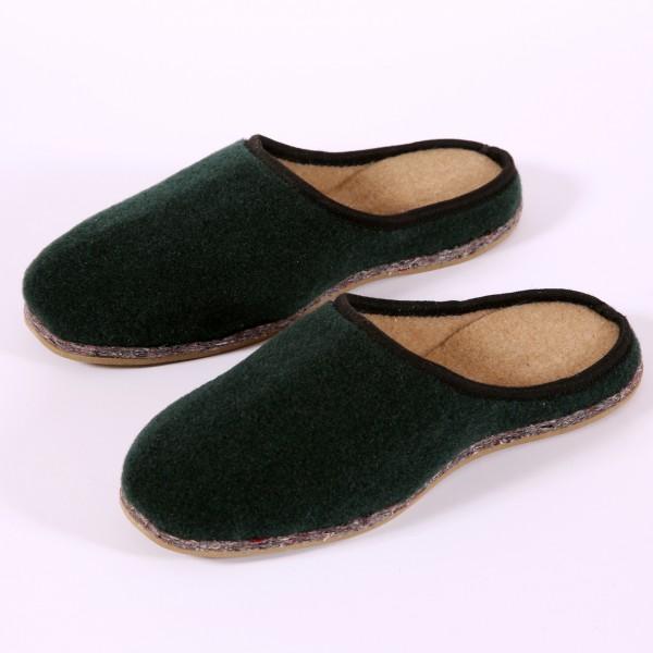 Pantoffel in dunkelgrün (P21)